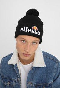Ellesse - POM POM BEANIE - Mütze - black - 1