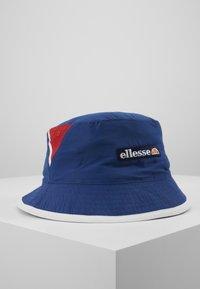 Ellesse - NANDAL - Hatt - red - 1