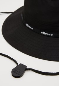 Ellesse - RUBI - Kapelusz - black - 2