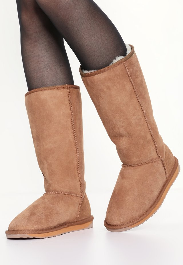 STINGER HI - Winter boots - chestnut