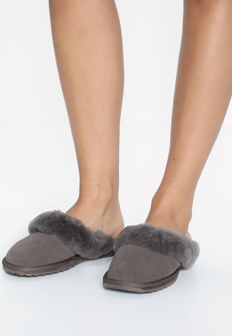 EMU Australia - JOLIE - Slippers - charcoal