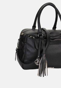 Emily & Noah - LEONIE - Handbag - black - 5