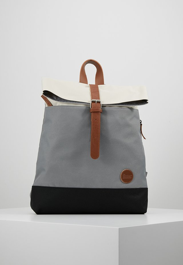 Tagesrucksack - grey/black/natural