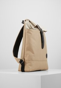 Enter - FOLD TOP BACKPACK - Rygsække - khaki/natural - 4