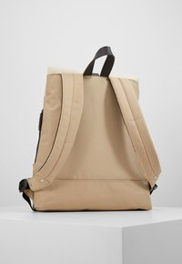 Enter - FOLD TOP BACKPACK - Rygsække - khaki/natural - 3