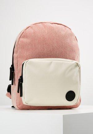 GYM BACKPACK MINI - Rucksack - melange red/natural pocket