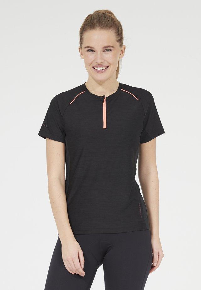 DENY W ACTIV QXL - Print T-shirt - 1111 black melange