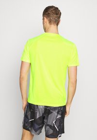 Endurance - VERNON PERFORMANCE TEE - T-shirt basic - safety yellow - 2