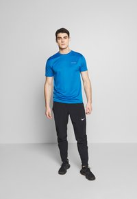 Endurance - VERNON PERFORMANCE TEE - T-shirt basic - imperial blue - 1