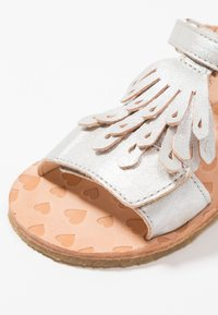 Easy Peasy - LIKE - Sandals - laser - 2
