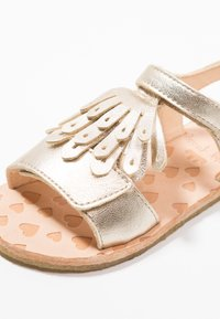 Easy Peasy - LIKE - Sandaler - platine - 2