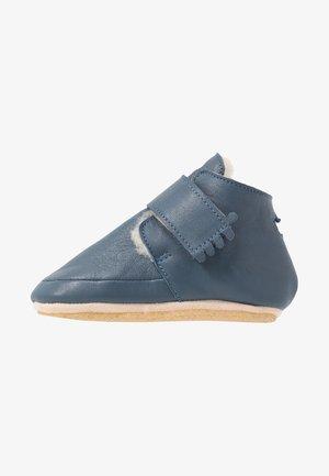 První boty - denim