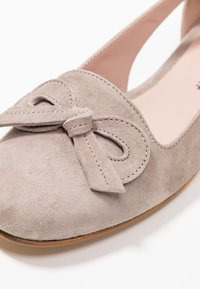 Erika Rocchi - Loafers - sand - 2