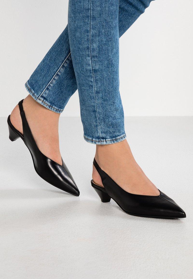 Erika Rocchi - Classic heels - nero