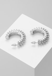 ERASE - DOMED TEXTURED HOOP - Earrings - silver-coloured - 2