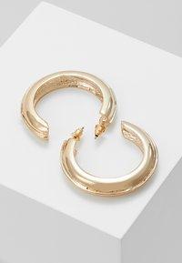 ERASE - MEDIUM CHUNKY HOOPS - Pendientes - gold-coloured - 2