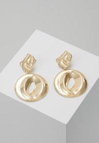 ERASE - ORGANIC CIRCLE DROP - Oorbellen - gold-coloured - 0
