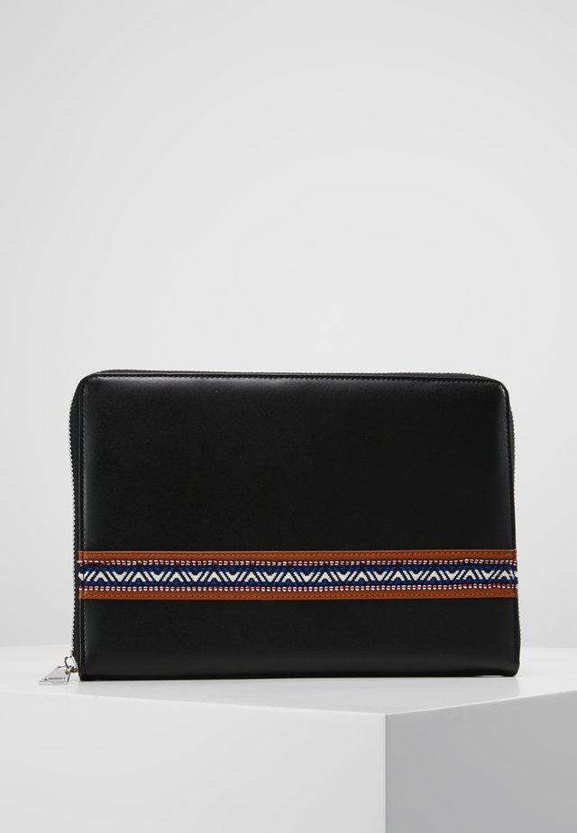 CLUTCH MAN BAG - Computertasker - black