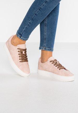 COLETTE VEGAN - Sneakers - nude