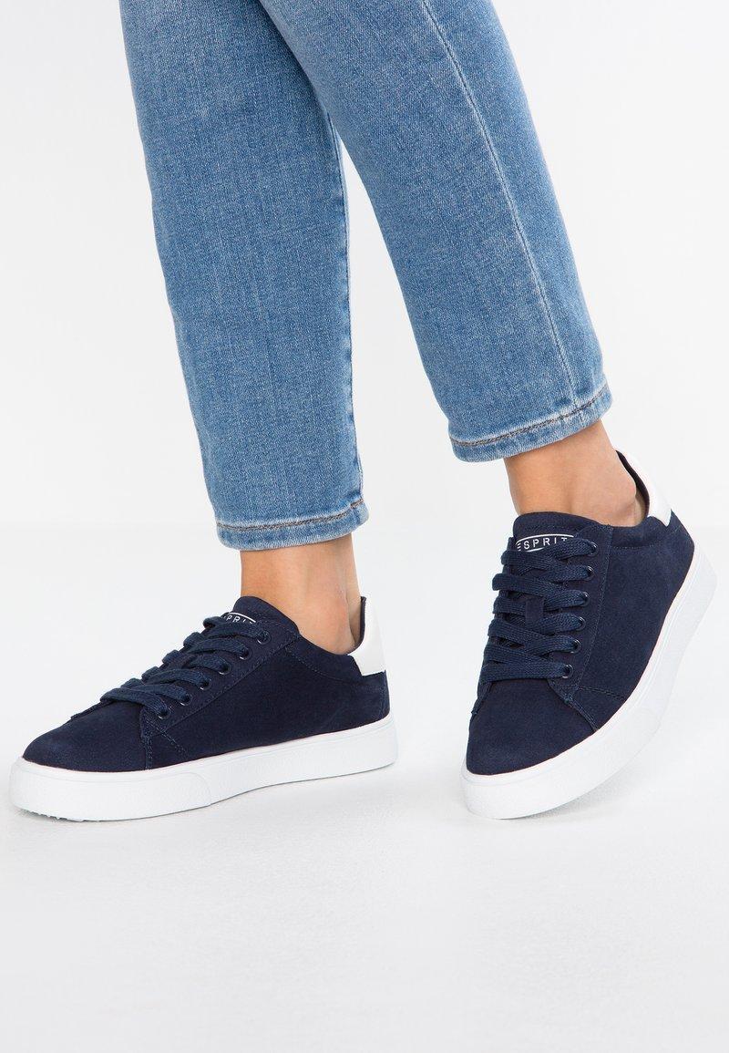 Esprit - CHERRY LU VEGAN - Sneakers basse - navy