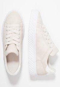 Esprit - INDYA LU VEGAN - Sneakers laag - ice - 3