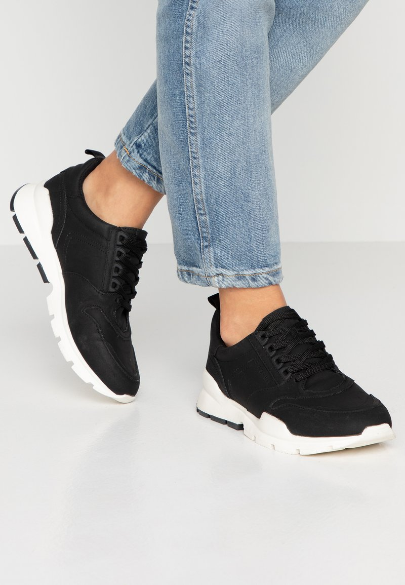 Esprit - CHELO - Sneaker low - black