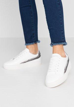 COLETTE - Sneakers - white