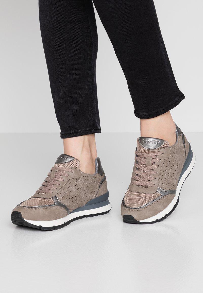 Esprit - BLANCHET VEGAN - Trainers - brown/grey