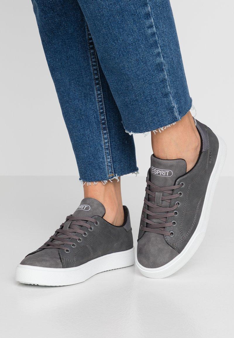 Esprit - CHERRY - Sneakers - dark grey