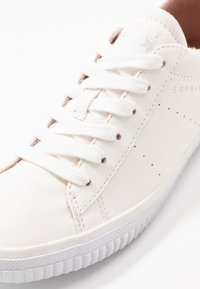 Esprit - RIATA LACE UP - Sneakersy niskie - white - 2