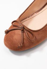 Esprit - ALYA LEA BOW - Ballet pumps - rust brown - 2