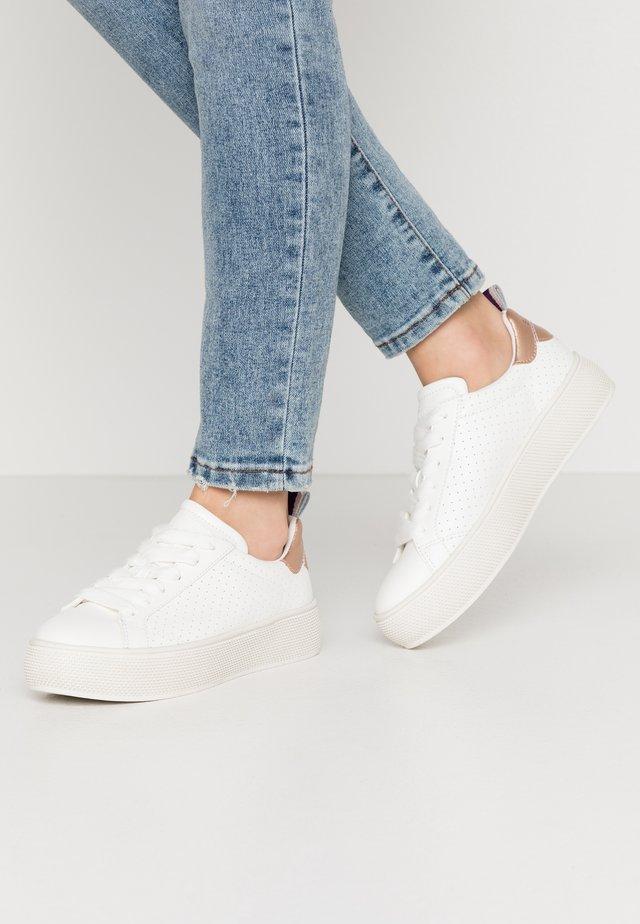 BABIKA  - Sneakers laag - white
