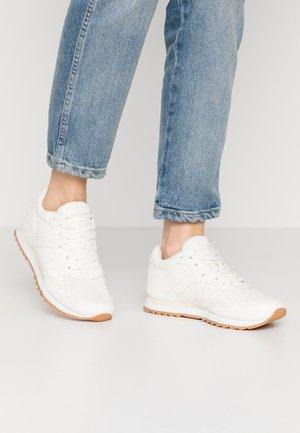 ASTRO - Sneakers - white