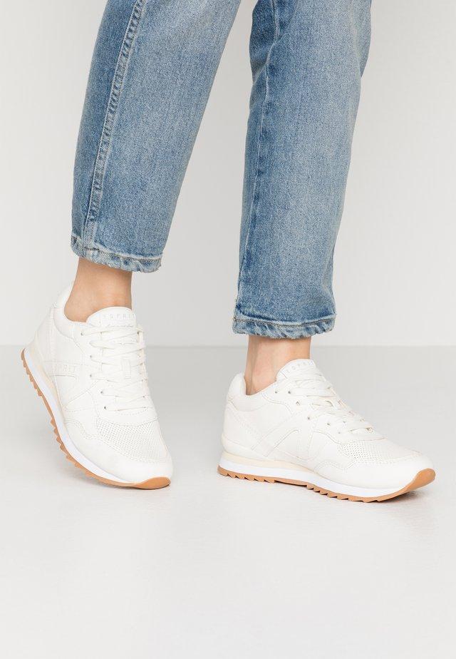 ASTRO - Zapatillas - white