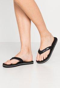 Esprit - GLITTER THONGS - T-bar sandals - black - 0