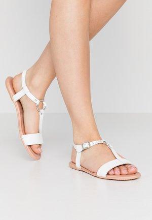 KONA T-STRAP - Sandalias - white