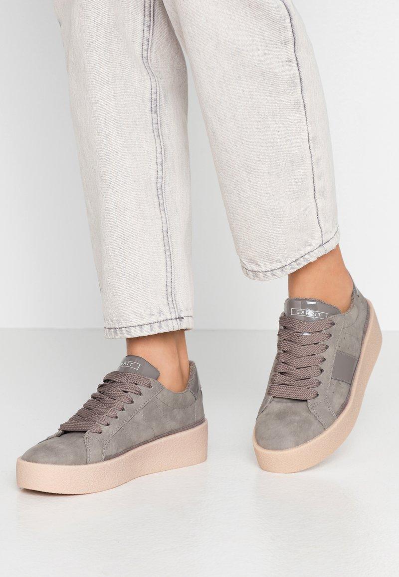 Esprit - CREPE VERN - Sneaker low - grey