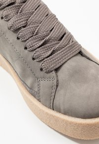 Esprit - CREPE VERN - Sneaker low - grey - 2
