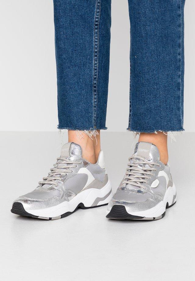 JANA - Sneakers basse - silver