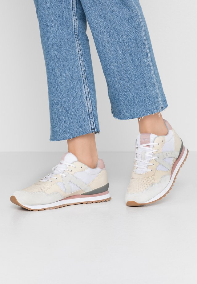 ASTRO LU - Sneakers laag - offwhite