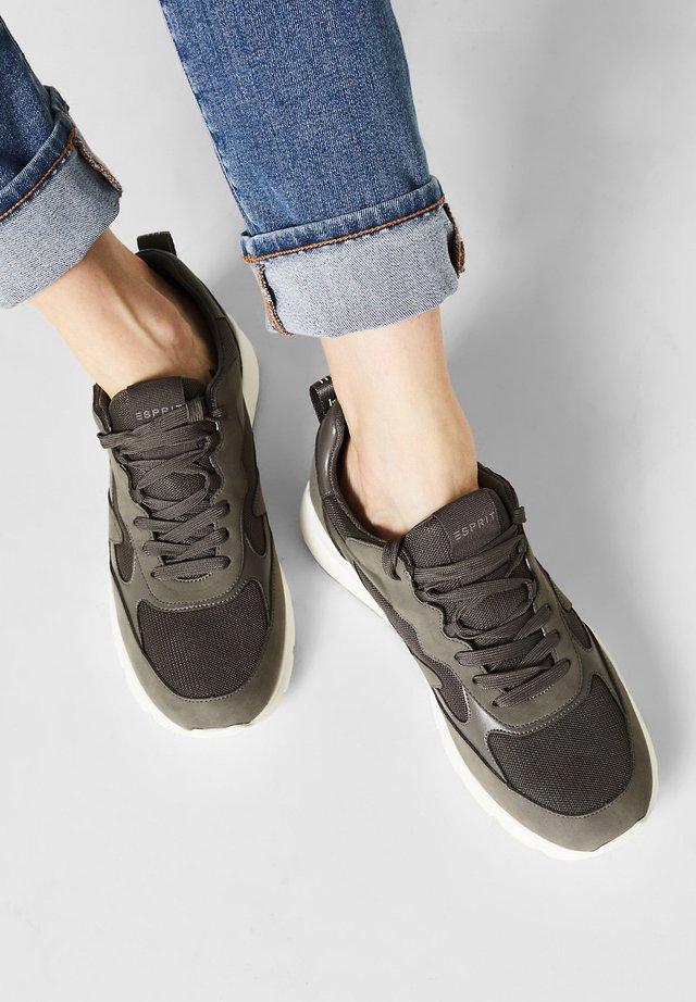 MIT MATERIAL-MIX - Sneakers laag - gunmetal