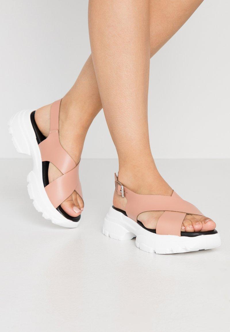 Esprit - HUNKY  - Platform sandals - blush