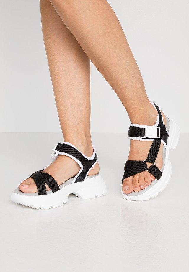 HUNKY  - Korkeakorkoiset sandaalit - black