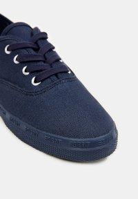 Esprit - Sneakers laag - navy - 4