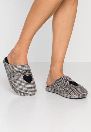 DONI MULE - Domácí obuv - dark brown