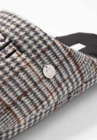 Esprit - DONI MULE - Domácí obuv - dark brown - 2