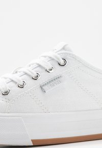 Esprit - SIMONA LACE UP - Tenisky - white - 2