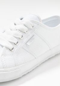 Esprit - ITALIA LACE UP - Trainers - white - 2