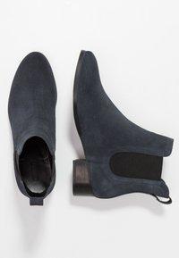 Esprit - EBLES BOOTIE - Classic ankle boots - navy - 3