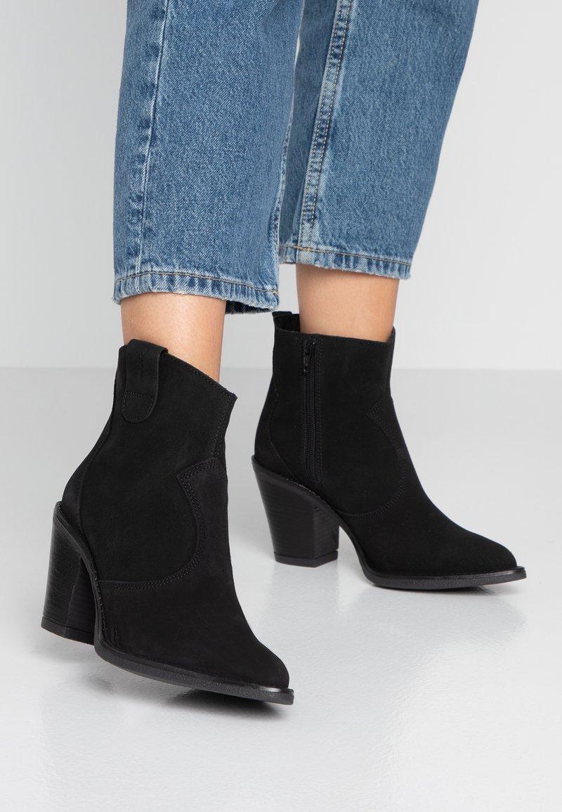Esprit - ELENA - Ankle Boot - black